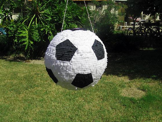 פיניאטה כדורגל