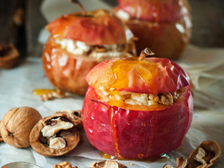 Quick Baked Apples with Cinnamon
