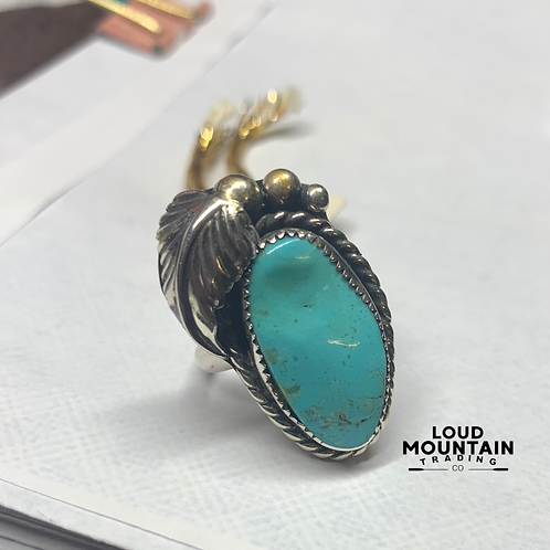 Turquoise Ring w/ Sterling Silver - Size 7
