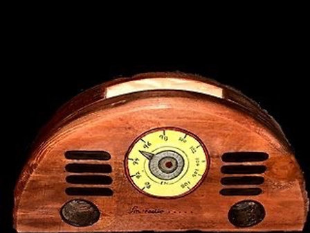 Wooden Radio Cell Phone Amplifier