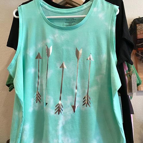 Arrow Sleeveless Shirt-Large