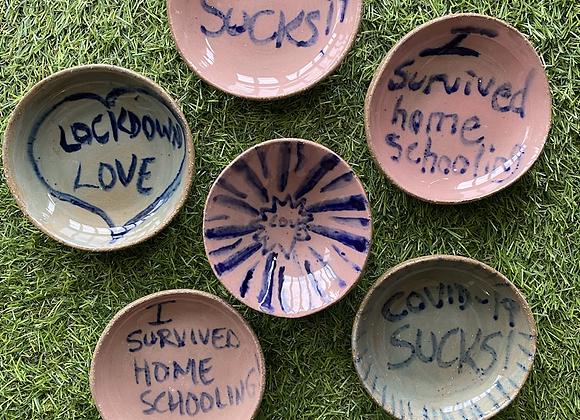 Pandemic message plates