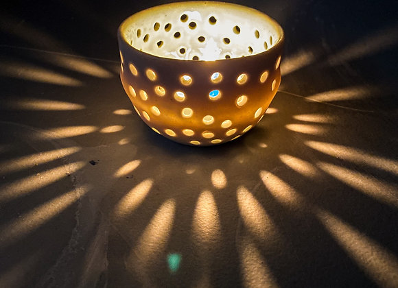 Luminescent Porcelain tea light candle holder