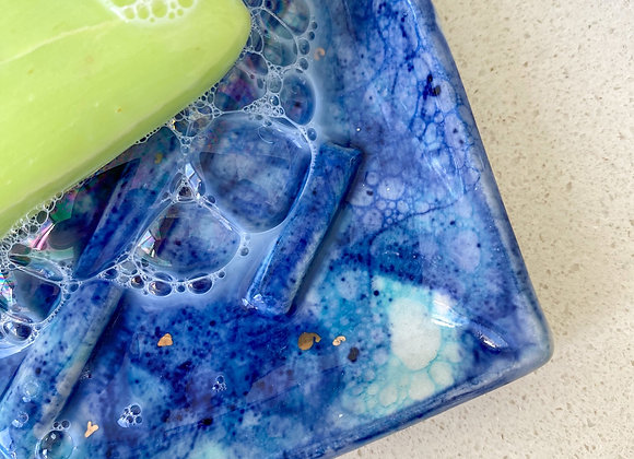 'Don't let anyone burst your bubble' soap dish