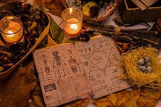 ritual-5693341_1920 (2).jpg