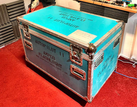 Box of Doom 2.0 Isolated cab with a G12 Vintage30 Celestion speaker
