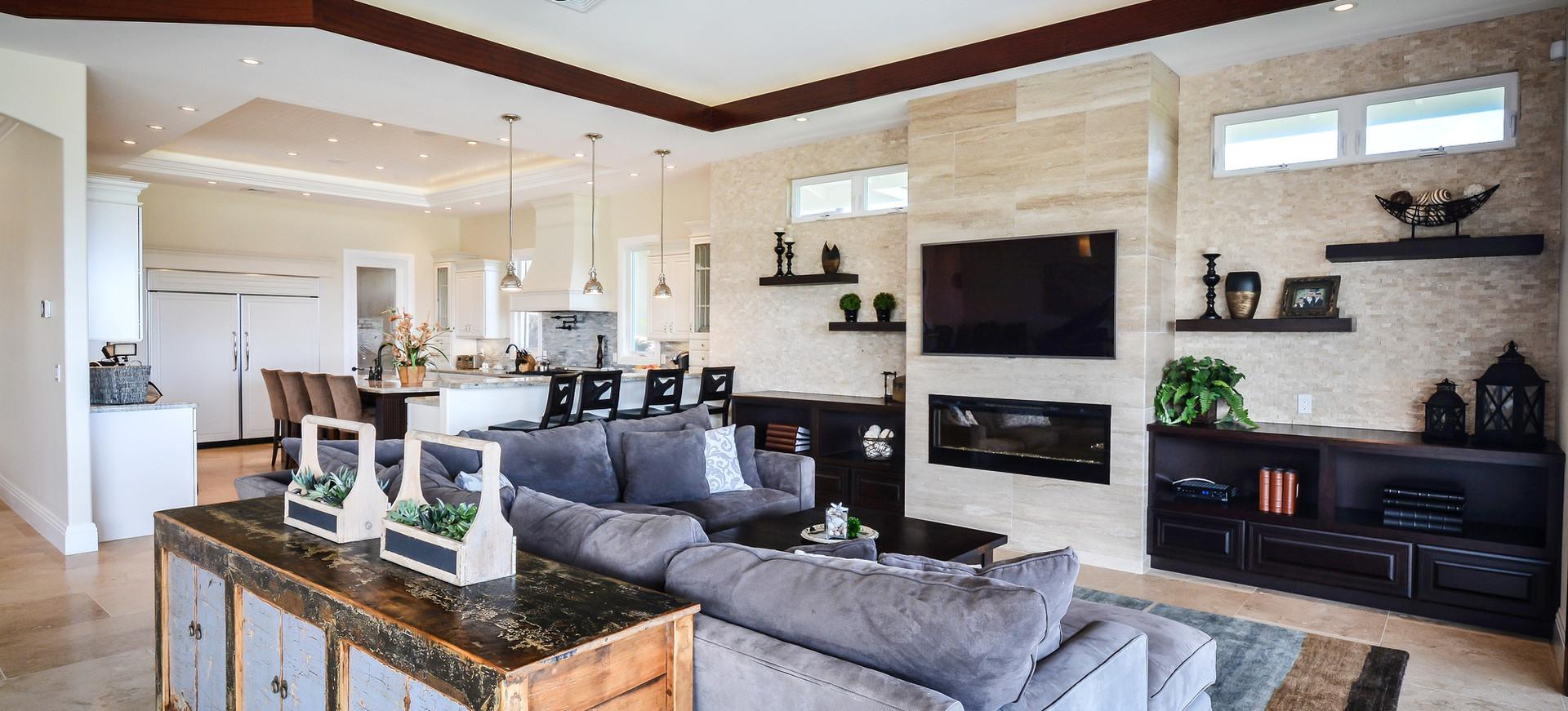Continental Hale Livingroom