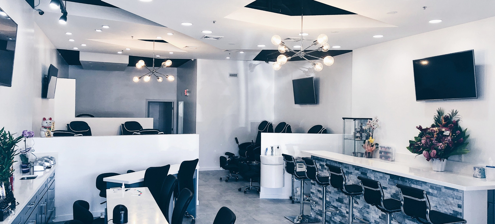 Lavish Nail Salon