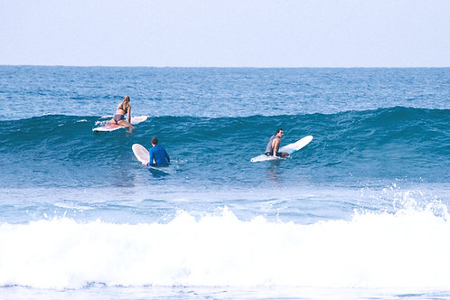 Surfboard rental - full week
