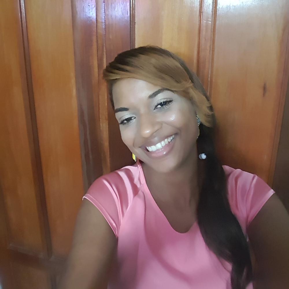 Indira Jacobo, escritora