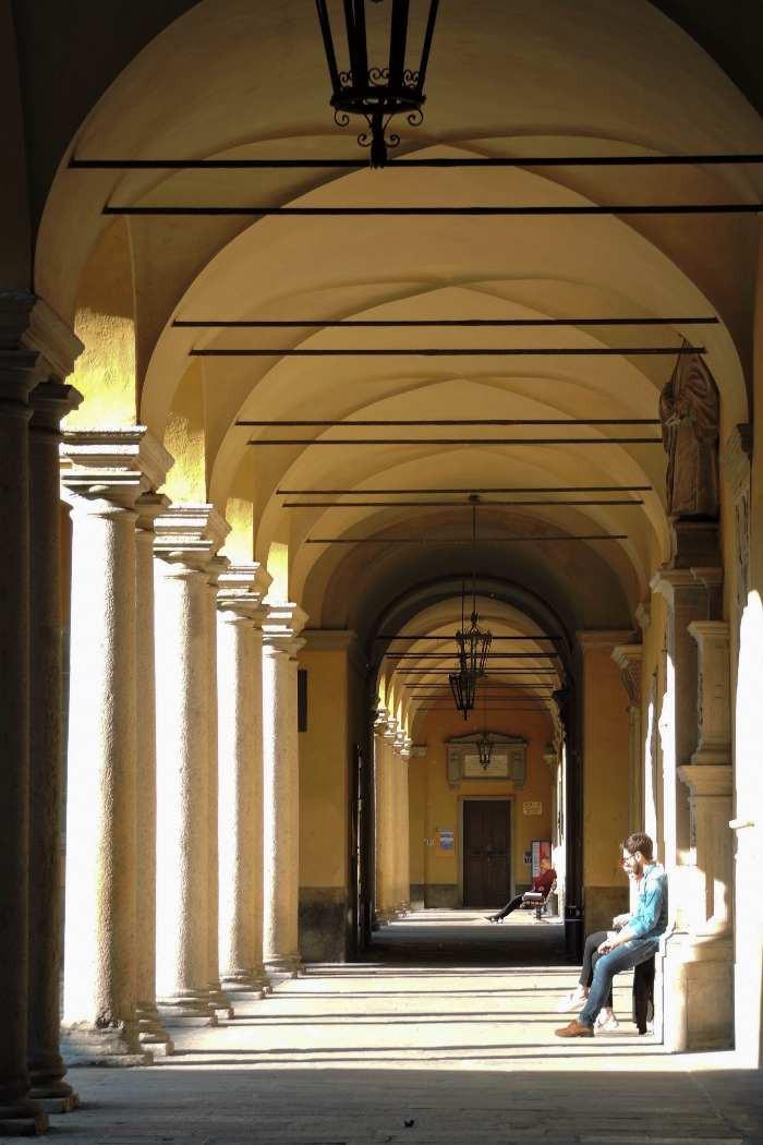 portici Università di Pavia