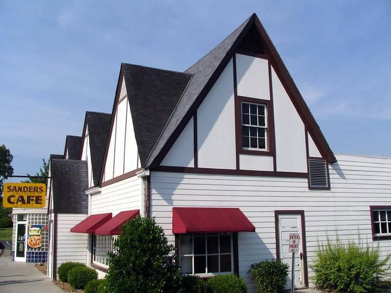 Sanders Court Café del Kentucky: il primo fast food del Colonnello Sanders