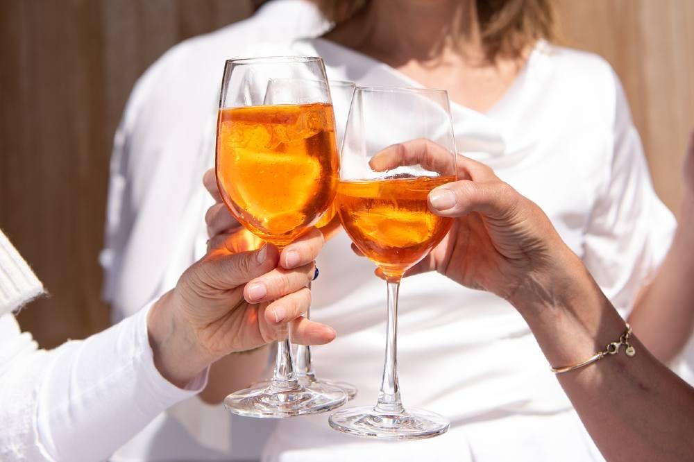 Aperol Spritz non è solo aperitivo ma soprattutto gioia e condivisione