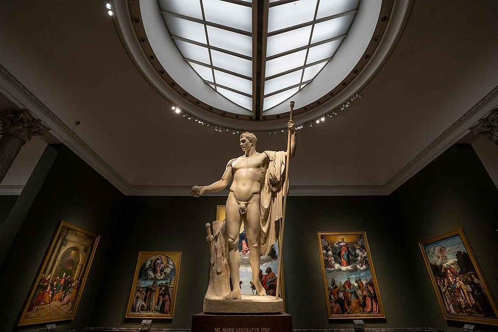Napoleone nella Pinacoteca di Brera, statua di Antonio Canova