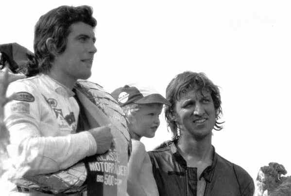 KONIG, Giacomo Agostini, Kim e Mark Newcombe