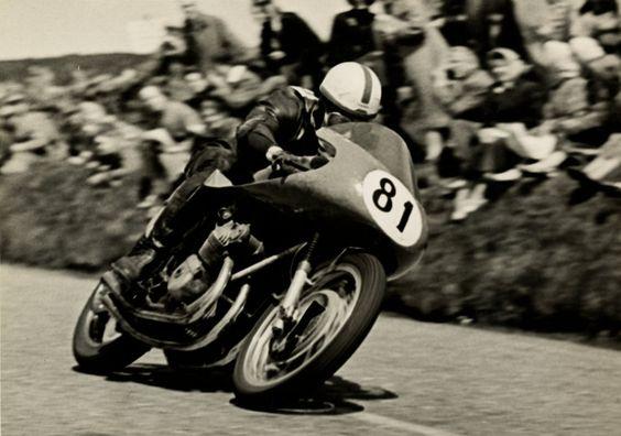 John Surtees, 1956, MV AGUSTA
