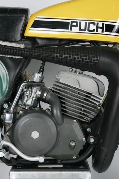 PUCH MC 250 Twin Carb 03