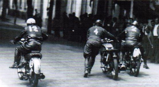 Aspecto da partida da corrida de 350cc