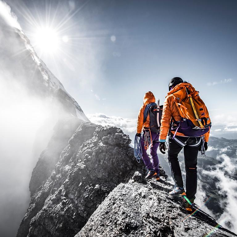 Initiation Alpinisme Rocher    Arête NE du Luisin
