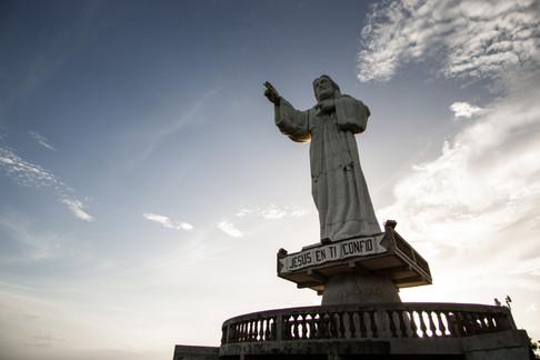 Jesus Statue - Nica (1 of 1).jpg