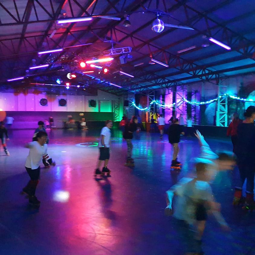 Wednesday Night Retro Skate 7-9pm    (1)