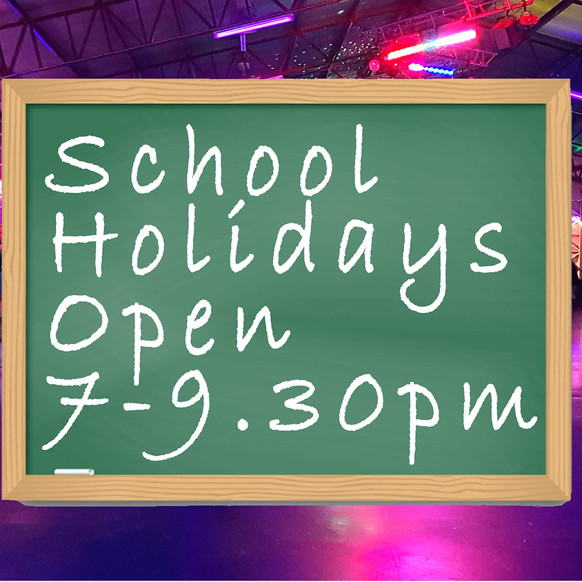 Saturday Night Holiday Disco Skate 7-9.30pm