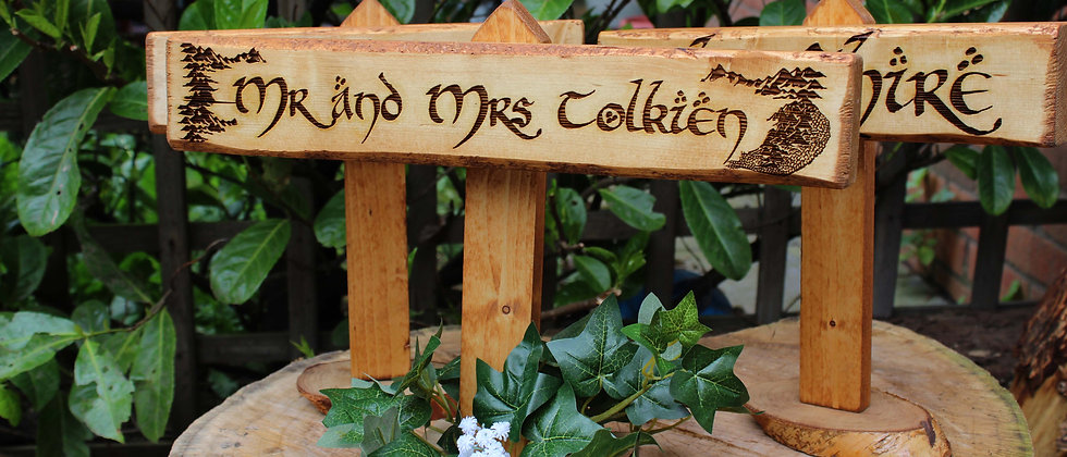 Lord of the Rings Sweetheart Sign