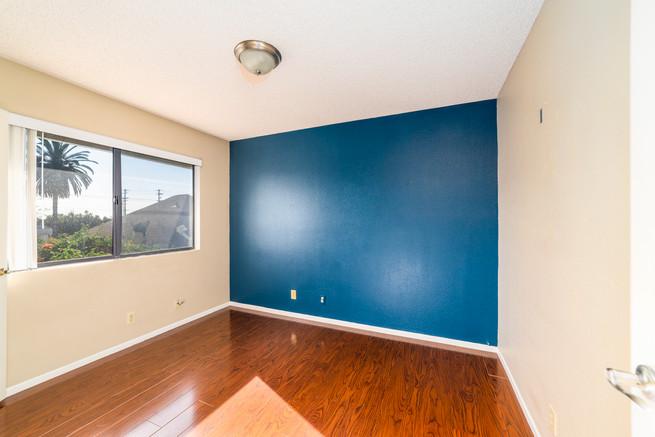 203 W Walnut Ave B-4.jpg