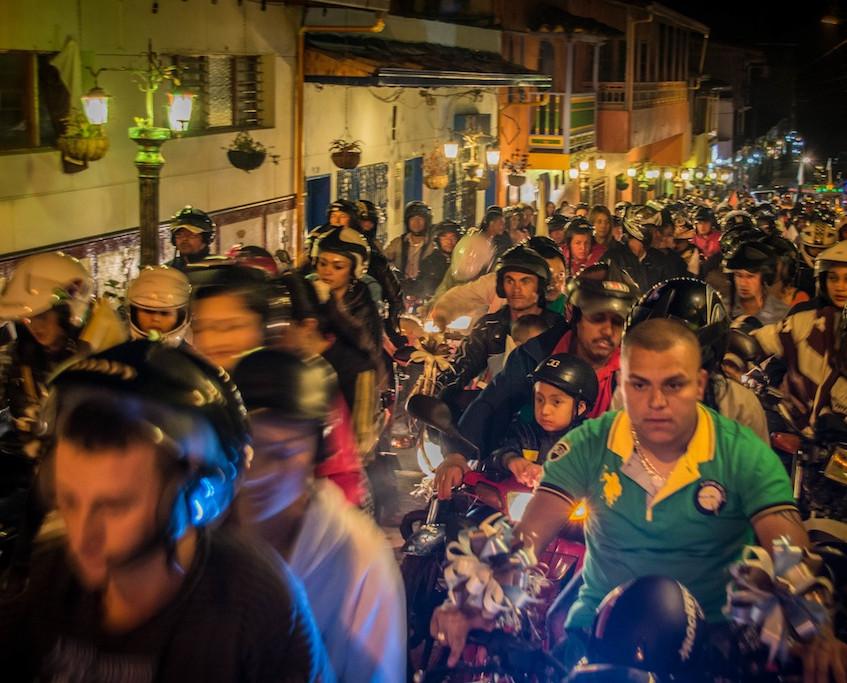 Colombia, Guatapé, Procession (2)