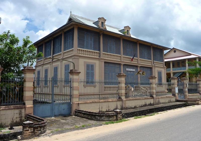 Frans Guyana, St