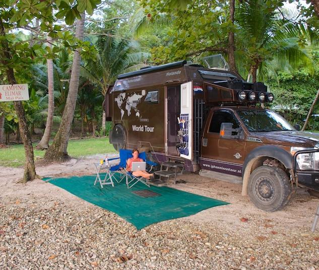 Costa Rica, Playa Mal Pais; Hannie Siesta Time