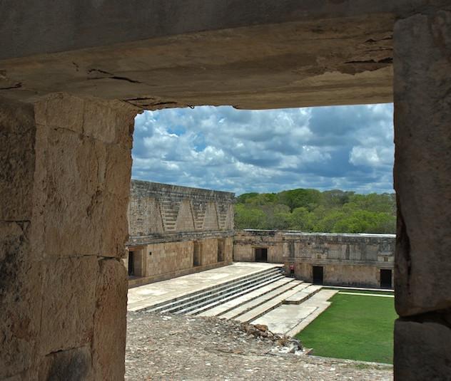 Mexico, Ruins Uxmal (2)