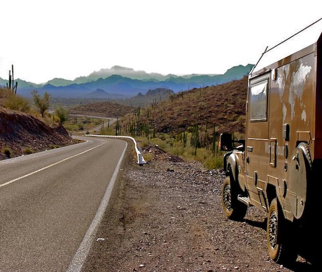 Mexico, Baja California Sur on the road