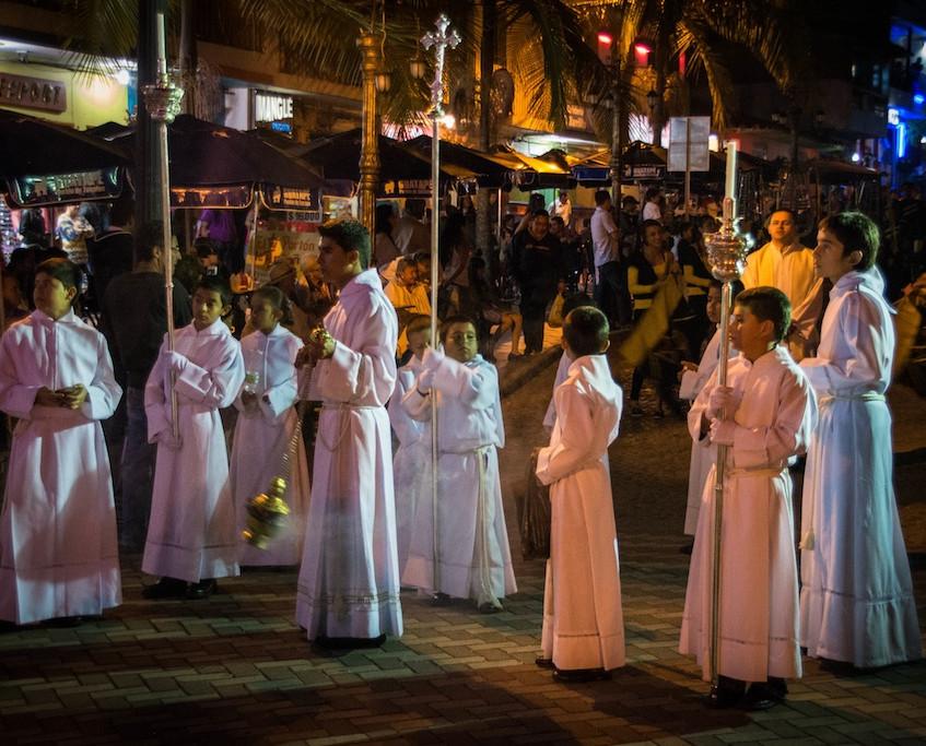 Colombia, Guatapé, Procession (3)