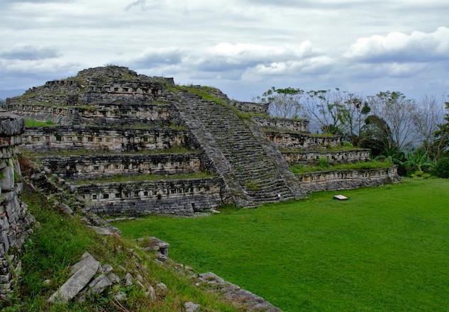Mexcio, Archeological Site Yohualichan (1)