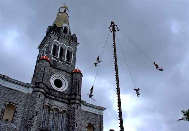 Mexico, Cuetzalan; Voladores (2)