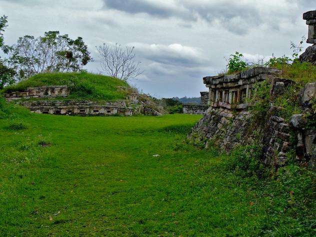 Mexcio, Archeological Site Yohualichan (4)