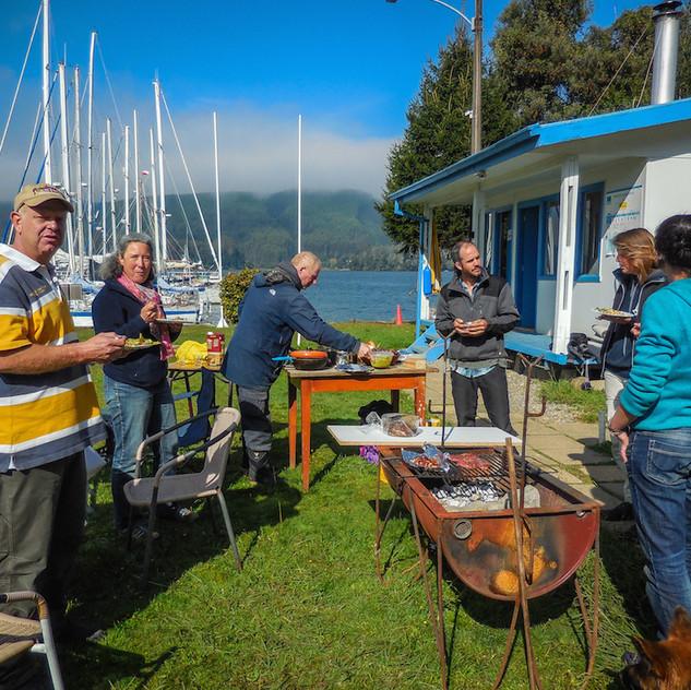 Chile, Valdivia; BBQ a Marina Estancilla (2)