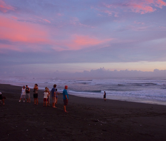 Costa Rica, Ostinal ; Waiting for the first Turtles