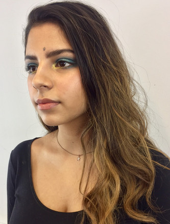 glowing skin looks with Delft blue and yellow gold eyeshadow