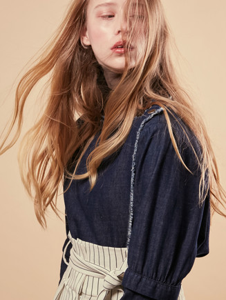 Photographer   Leoni Blue Makeup &Hair   Evelyn Hsiao Stylist   Ravi Kelay Model   Noa Abbenhuis (First Model Management)
