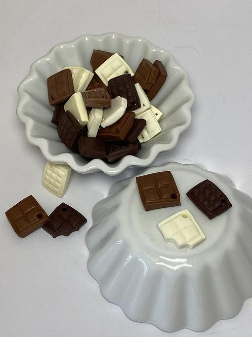 Breloque carré et tablette de chocolat