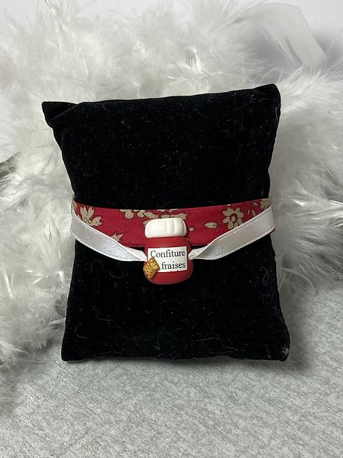 Bracelet  pot de confiture de fraise