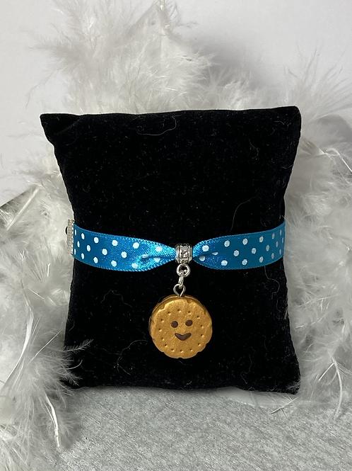 Bracelet  biscuit souriant fourré chocolat