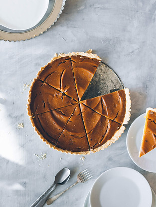 Fall: Whole vegan crust pumpkin pie