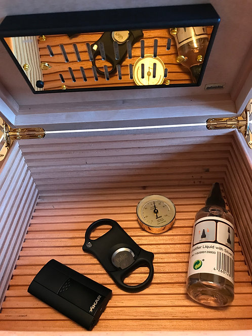 Adorini Tornino Black Cigar Humidor Xikar Flash Lighter & Palio Cutter