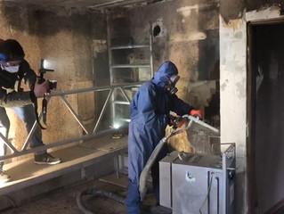 Trockeneisstrahlen – eine saubere Sache bei der Brandschadensanierung