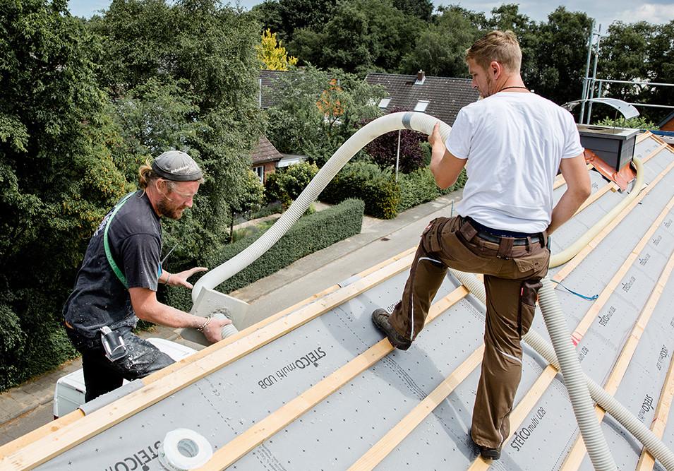 Einblasdämmung Dach mit Isocell