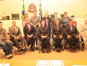 PMs feridos recebem homenagem na Assembleia Legislativa de São Paulo