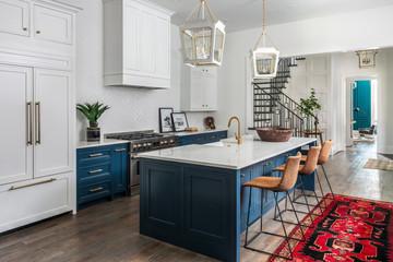 516 Kitchen 3.jpeg